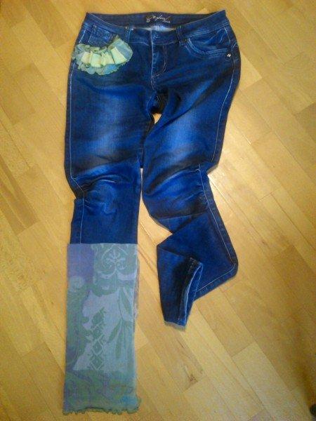 applikált nadrág